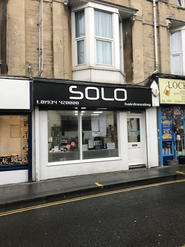 shop front of solo hairdressing